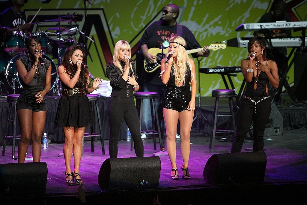 "Diddy's dream team Danity Kane serenaded their fans with a selection of songs, including the guilty pleasure ""Damaged."" Jesse Grant/<a href=""http://www.wireimage.com"" target=""new"">WireImage.com</a> - May 10, 2008"