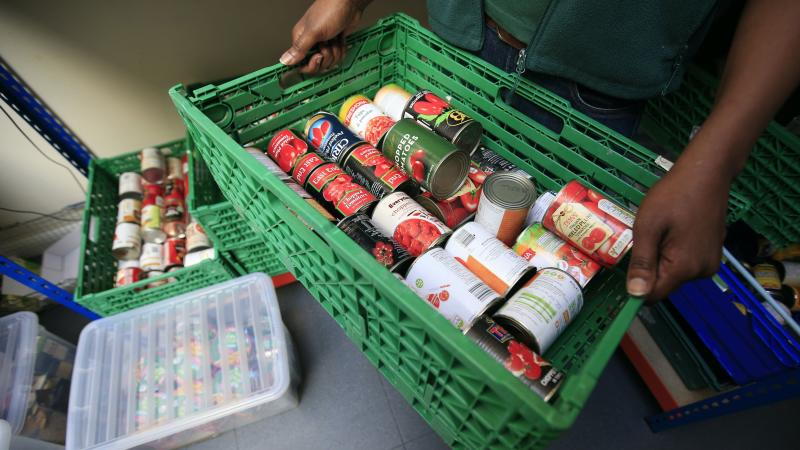 Government's food poverty inaction costing poor children's lives, says report