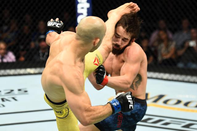 Jimmie Rivera's winning streak ended with one swift kick from Marlon Moraes. (Getty Images)
