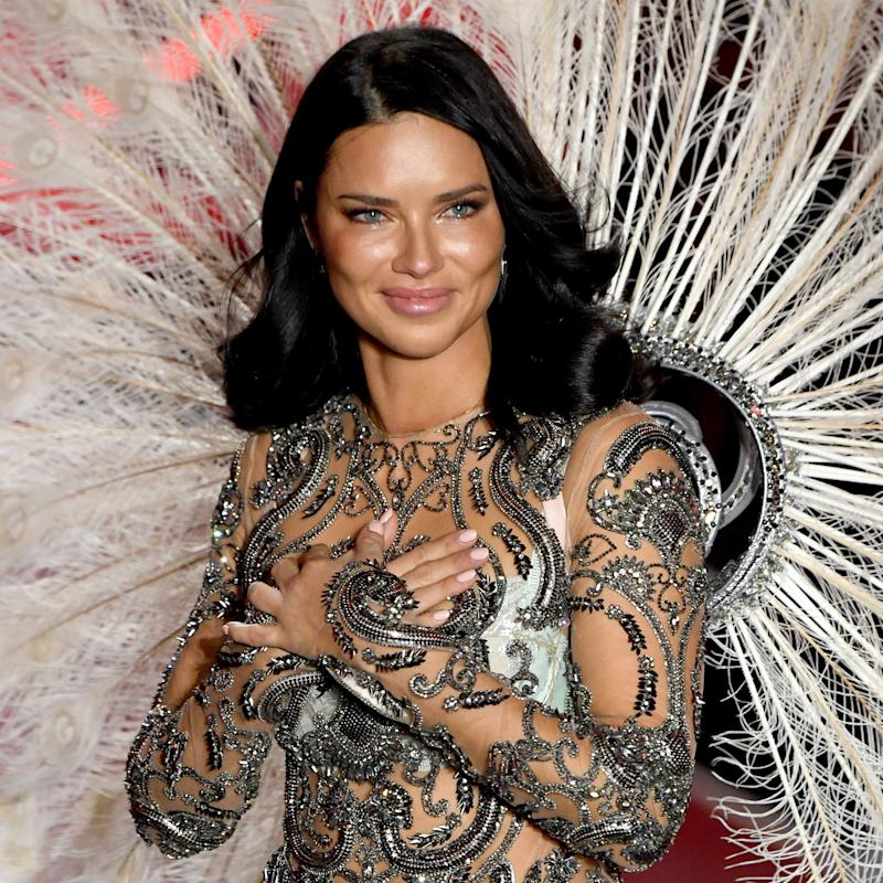 63d8a78139 Adriana Lima Shut Down the Victoria s Secret Runway With Her Epic Final Walk