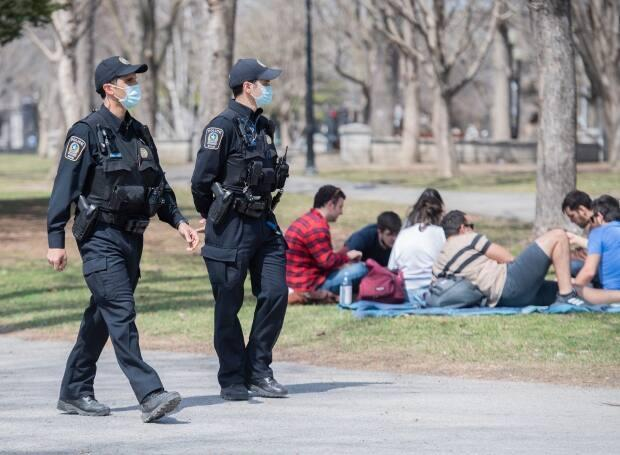 The sunny, warm weather in Montreal this weekend drew thousands to the city's green spaces, offering the first real test of whether the public had registered rule new changes. (Graham Hughes/The Canadian Press - image credit)
