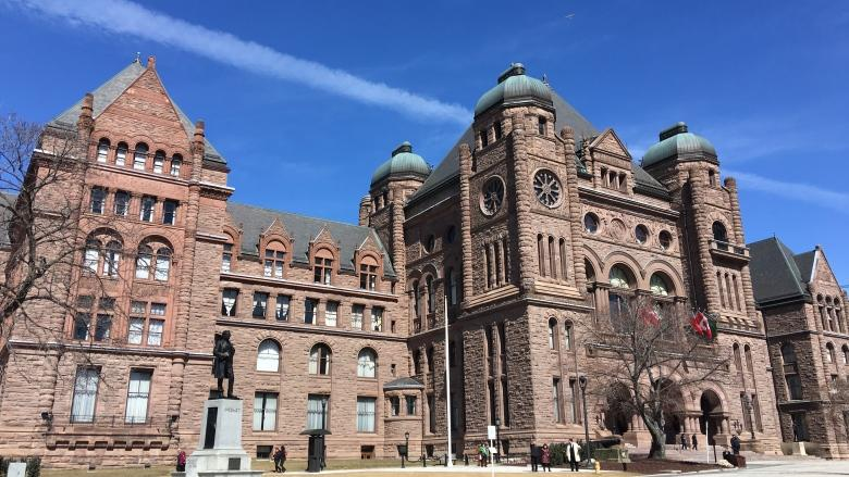 Ontario Sunshine List sharpens call for equal pay for women