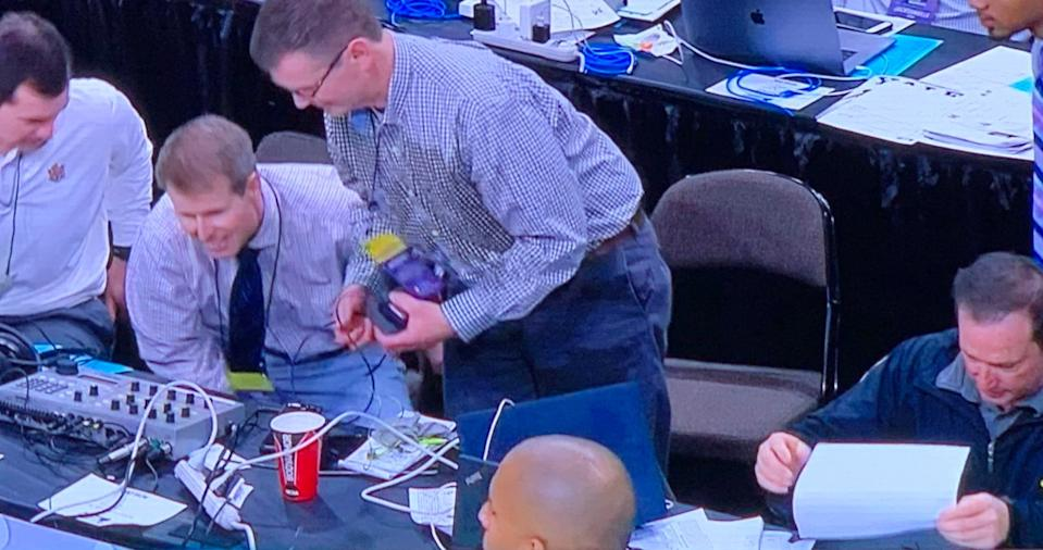 The aftermath of Emmitt Williams' tumble over the scorer's table. (Screenshot: TruTV)
