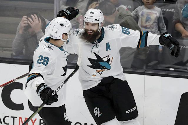 Sharks' Hertl scores twice as San Jose win streak stretches to 5 games