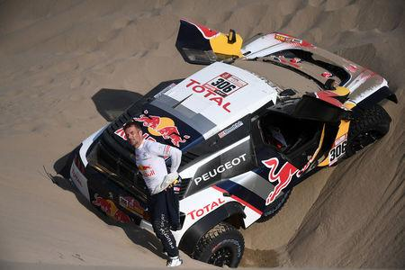 Spain's Sainz wins Dakar Rally sixth stage