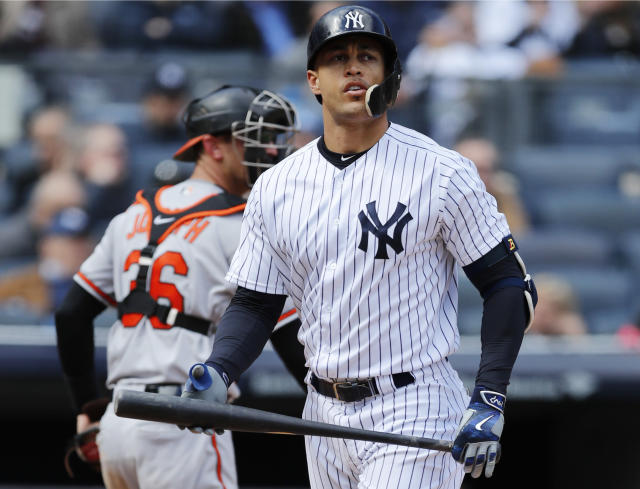 Giancarlo Stanton had another rough game Sunday. (AP Photo)