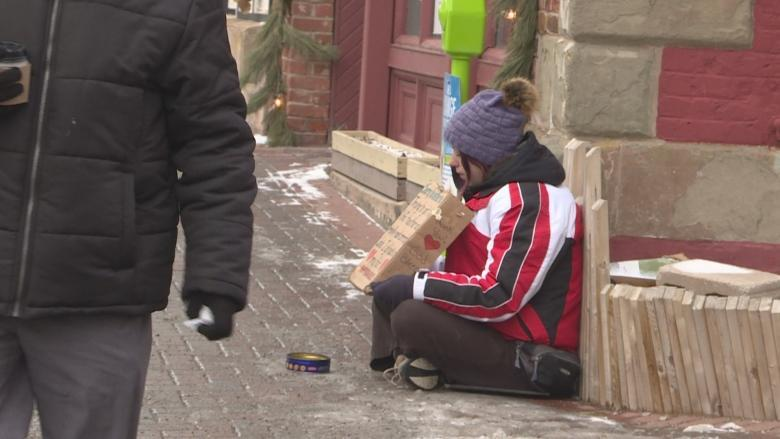 Montreal's homeless count aims to paint picture of life on the street