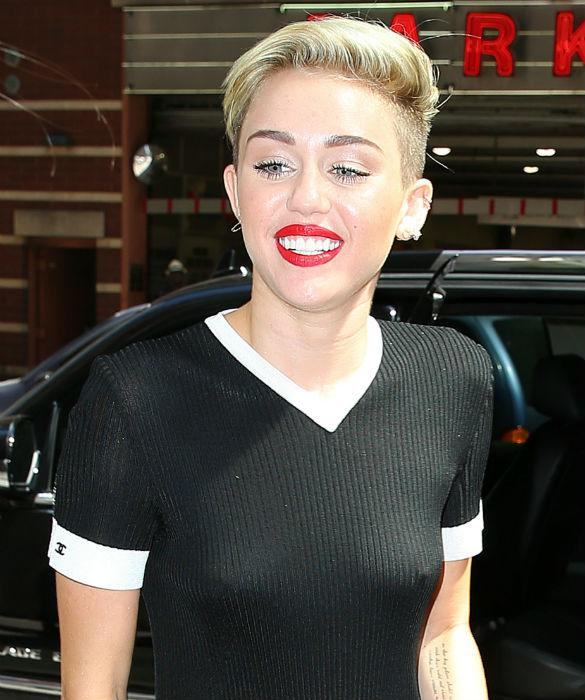 Perky! Miley Cyrus' Erect Nipples Arrive For TV Appearance As Sheer Dress Steals The Show