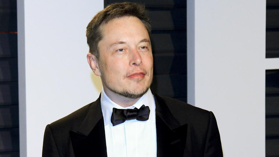 LOS ANGELES - FEB 26: Elon Musk at the 2017 Vanity Fair Oscar Party at the Wallis Annenberg Center on February 26, 2017 in Beverly Hills, CA.