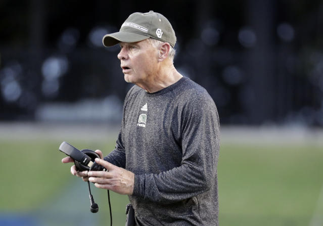 Frank Solich has coached at Ohio since 2005 but has yet to win a MAC championship. (AP Photo/Mark Humphrey)
