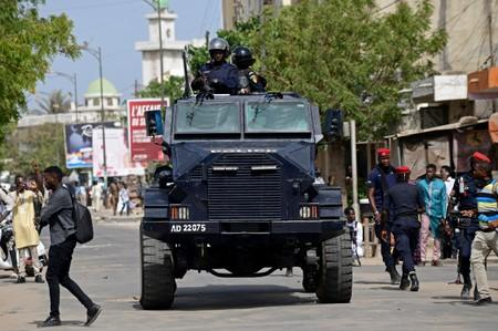 Senegal police detain protesters amid outcry over gas deal