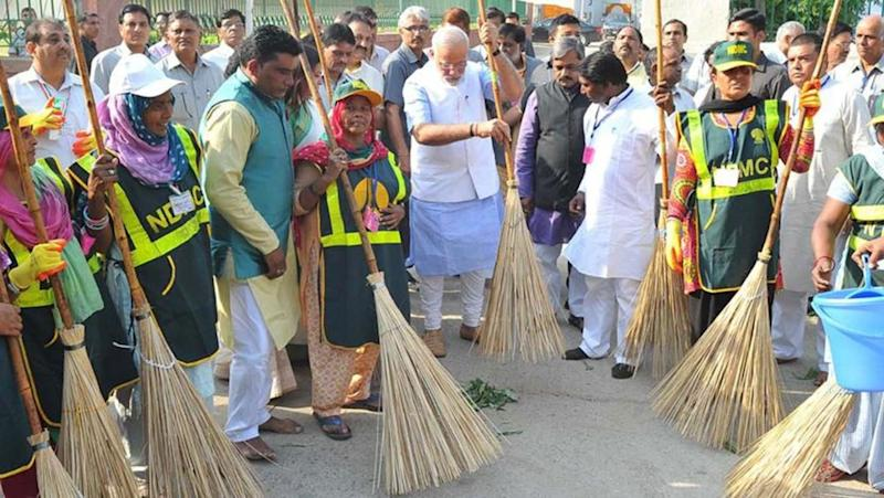 Swachh Survekshan 2018: Maharashtra ranked cleanest state, WB fares poorly