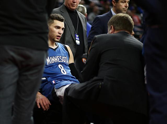 "<a class=""link rapid-noclick-resp"" href=""/nba/players/5324/"" data-ylk=""slk:Zach LaVine"">Zach LaVine</a> gets medical attention on the Timberwolves bench after suffering what we now know was a torn left ACL. (Getty Images)"