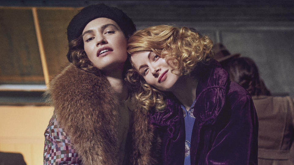 Linda (Lily James), Fanny (Emily Beecham) in The Pursuit of Love (Theodora Films Limited & Moonage Pictures Limited/Robert Viglasky)