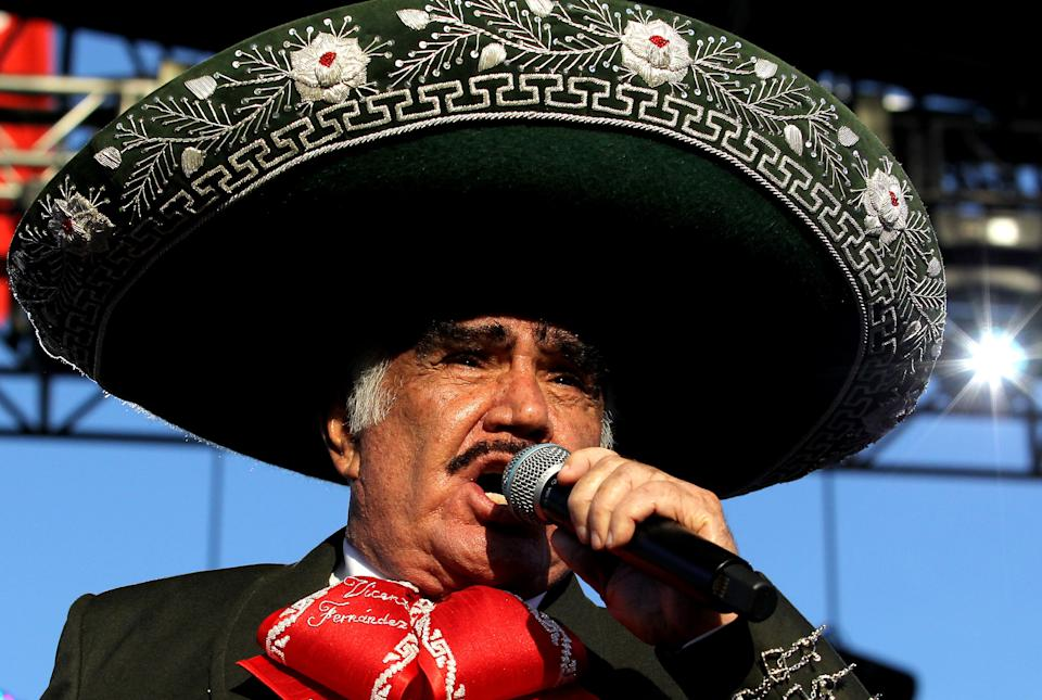 Vicente Fernández. (Photo by Ulises RUIZ / AFP) (Photo by ULISES RUIZ/AFP via Getty Images)