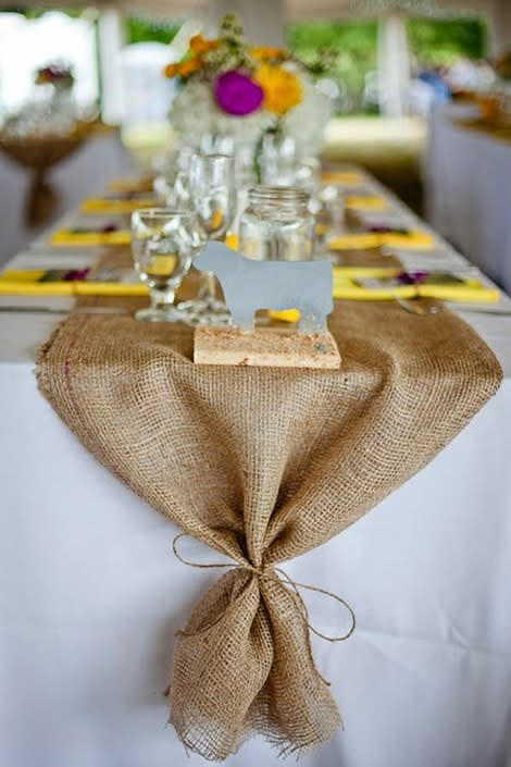 8 Ways to Decorate ... with Burlap