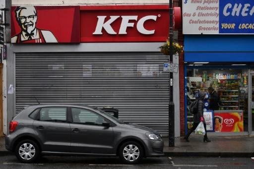 <p>Some KFC stores to close all week in UK chicken crisis</p>