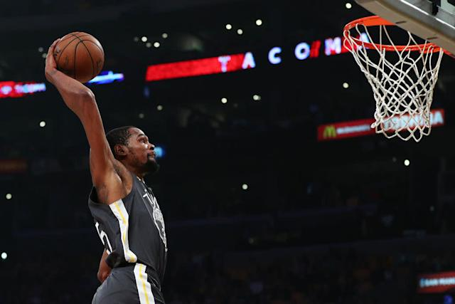 Kevin Durant #35 of the Golden State Warriors dunks the ball against the Los Angeles Lakers during the first half at Staples Center on April 4, 2019 in Los Angeles, California. | Yong Teck Lim—Getty Images