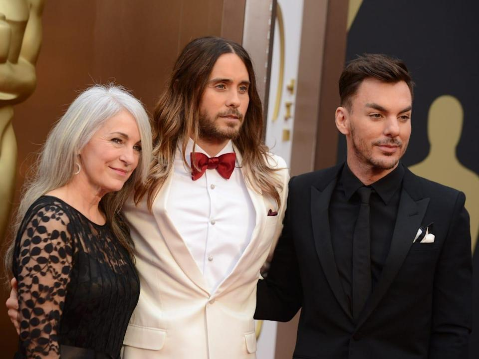 Jared Leto with his mother and brother at the 2014 Oscars.