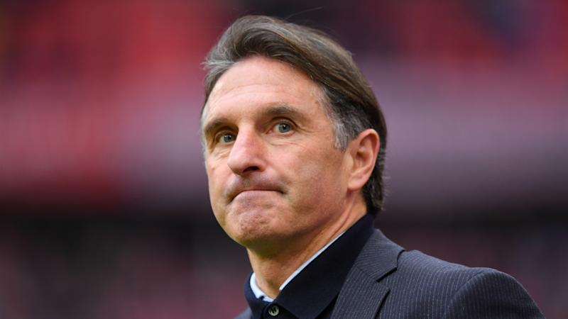 Wolfsburg coach Labbadia to stand down
