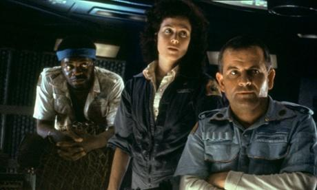 Holm, right, with Yaphet Kotto and Sigourney Weaver in Alien.