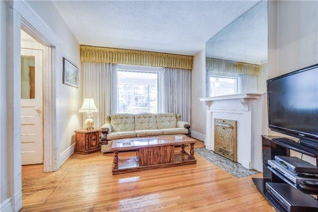 """<p><a href=""""https://www.zoocasa.com/toronto-on-real-estate/5234687-60-kenilworth-ave-toronto-on-m4l3s5-e4105284"""" rel=""""nofollow noopener"""" target=""""_blank"""" data-ylk=""""slk:60 Kenilworth Ave., Toronto, Ont."""" class=""""link rapid-noclick-resp"""">60 Kenilworth Ave., Toronto, Ont.</a><br> This semi-detached home is located in a well-established neighbourhood.<br> (Photo: Zoocasa) </p>"""