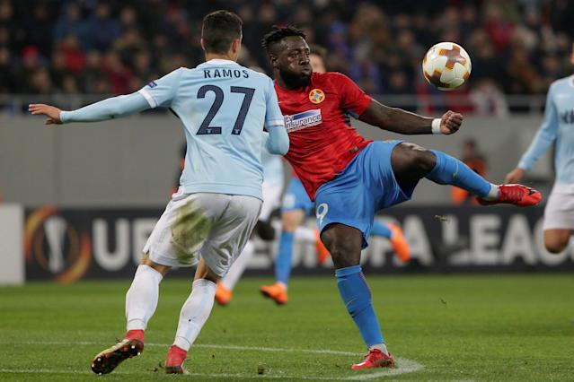 Soccer Football - Europa League Round of 32 First Leg - Steaua Bucharest vs Lazio - National Arena, Bucharest, Romania - February 15, 2018 Steaua Bucharest's Harlem Gnohere in action with Lazio's Luiz Felipe Inquam Photos/Octav Ganea via REUTERS ROMANIA OUT. NO COMMERCIAL OR EDITORIAL SALES IN ROMANIA THIS IMAGE HAS BEEN SUPPLIED BY A THIRD PARTY. IT IS DISTRIBUTED, EXACTLY AS RECEIVED BY REUTERS, AS A SERVICE TO CLIENTS