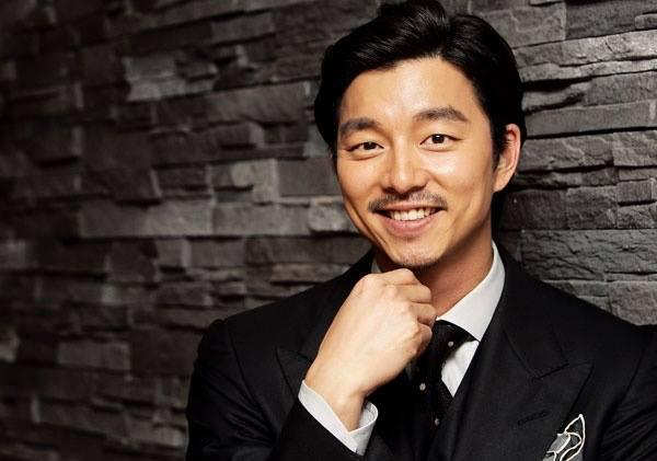 Gong Yoo gives an interview for The Suspect. Credit: kPOPfix.com Facebook Page