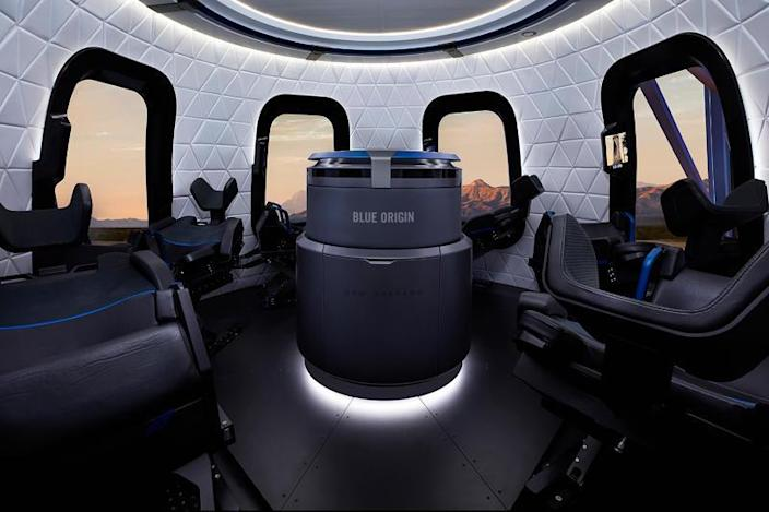 Blue Origin's New Shepard crew capsule features six seats and the largest windows ever built into a spacecraft. / Credit: Blue Origin  - 32698eab9c6576608c31522ec7a4b9bd - Richard Branson heading for space this weekend