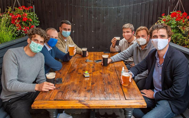 Do I have to wear a face mask in pubs? The new rules for bars and restaurants - Maureen McLean/Alamy Live News