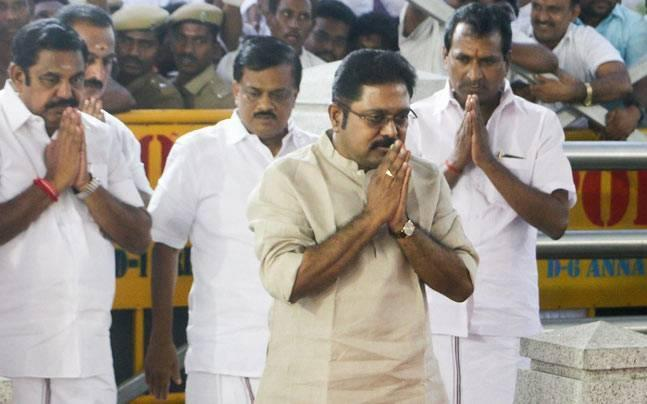 Tamil Nadu: Dinakaran issued summons by Delhi Police for bribing to obtain AIADMK's symbol