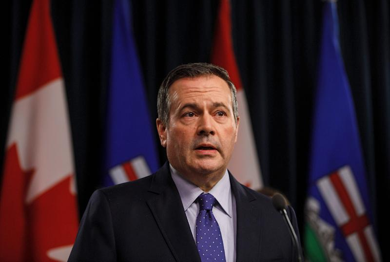 Alberta Premier Jason Kenney updates media on measures taken to help with COVID-19, in Edmonton on March 20, 2020. (Photo: Jason Franson/THE CANADIAN PRESS)