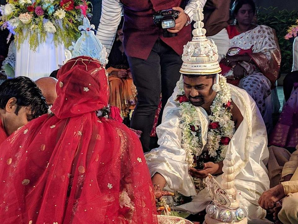 """<div class=""""paragraphs""""><p>Sumit on his wedding day.</p></div>"""