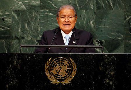 El Salvador's President Salvador Sanchez Ceren addresses attendees during a plenary meeting of the United Nations Sustainable Development Summit at the United Nations Headquarters in Manhattan, New York September 25, 2015.  REUTERS/Andrew Kelly