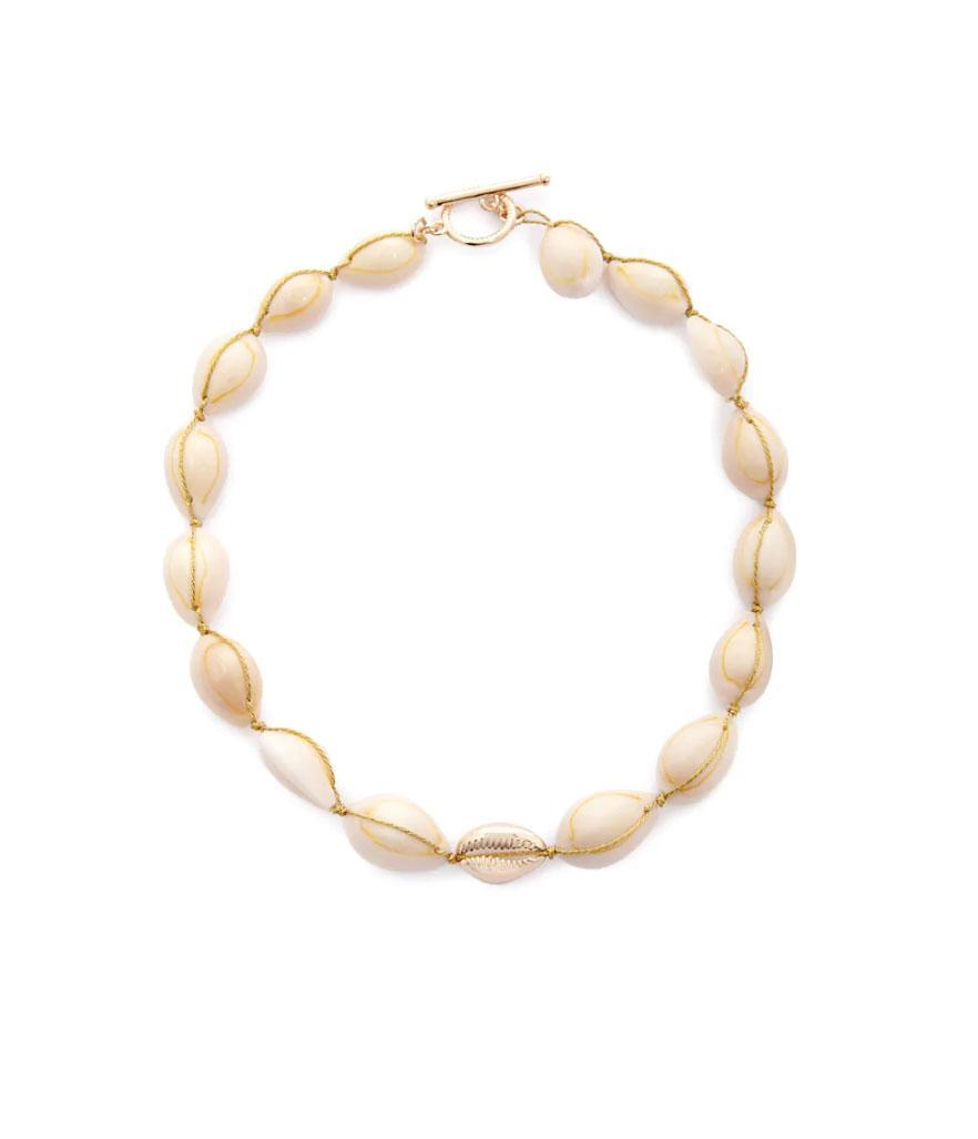 Forever 21 Cowrie Shell Toggle Necklace (Photo: Forever 21)