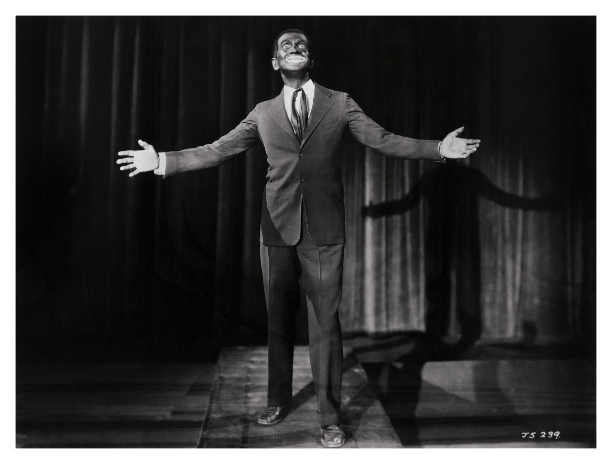 Publicity still of white American actor Al Jolson in blackface from the film 'The Jazz Singer' (Warner Bros), 1927. (Photo: John D. Kisch/Separate Cinema Archive/Getty Images)
