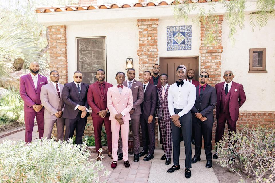 Can we just take a moment to reflect on this photo! Darroll's Brothers of Honor and our fathers look amazing! This was right before they headed over to the venue.
