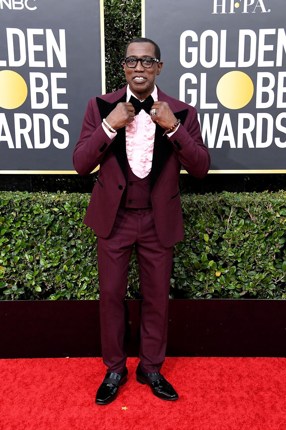 """Action star Wesley Snipes? Or Ron Weasley <a href=""""http://images5.fanpop.com/image/photos/28800000/ron-Weasley-yule-ball-the-weasley-family-28860588-400-400.jpg"""" target=""""_blank"""" rel=""""noopener noreferrer"""">circa the Yule Ball</a>?"""