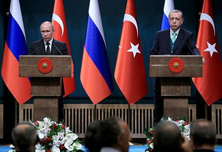 Erdogan says plans to discuss Syrian settlement with Putin in Sochi