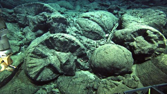 Submarine extrusion of magma produces a characteristic pillow lava.