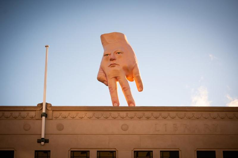 A Giant Hand Has Appeared Atop a Building in New Zealand, and the Internet Is Shaking
