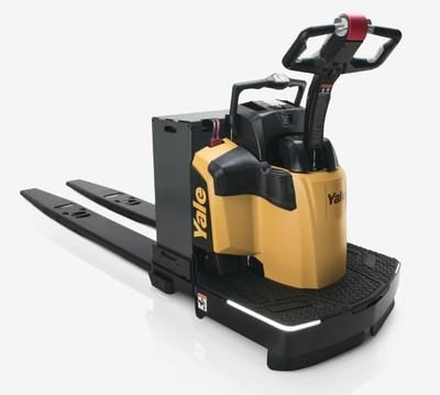 Yale® MPE060-080VH end rider