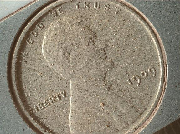 Red Cent: Mars Rover Curiosity Snaps High-Res Pic of Penny Payload (Photo)