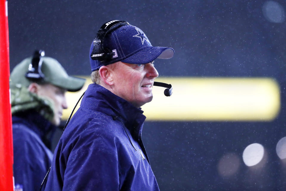 Jason Garrett stood by his decision to kick a late field goal while trailing the Patriots by seven on Sunday. (Fred Kfoury III/Icon Sportswire via Getty Images)