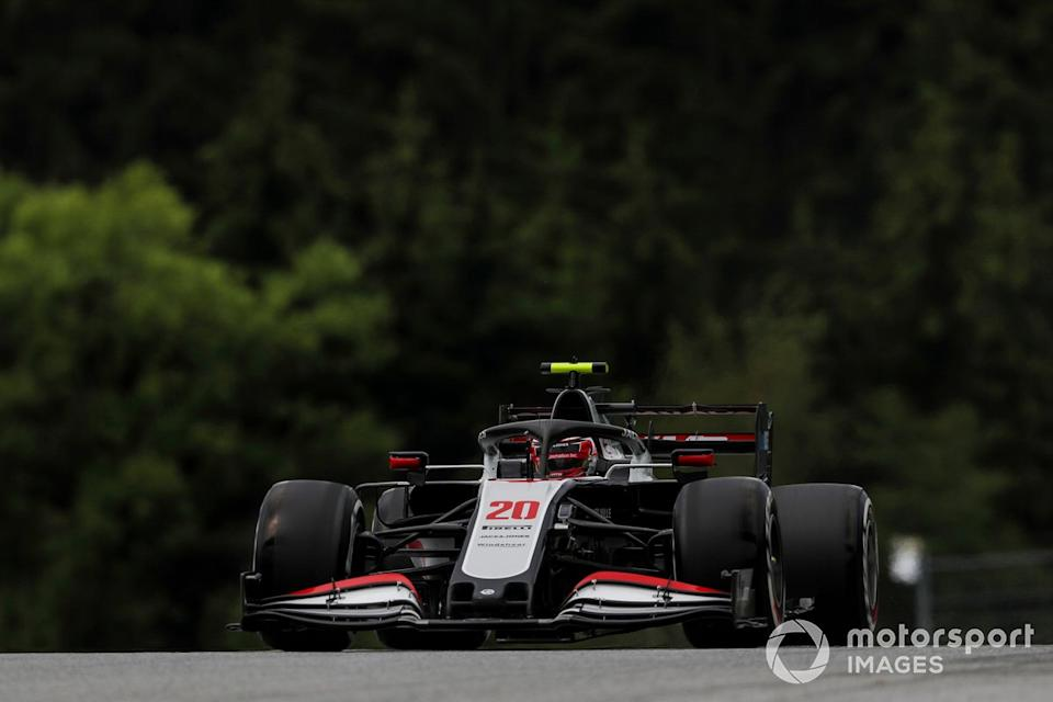 """Kevin Magnussen, Haas F1 Team VF-20 <span class=""""copyright"""">Charles Coates / Motorsport Images</span>"""