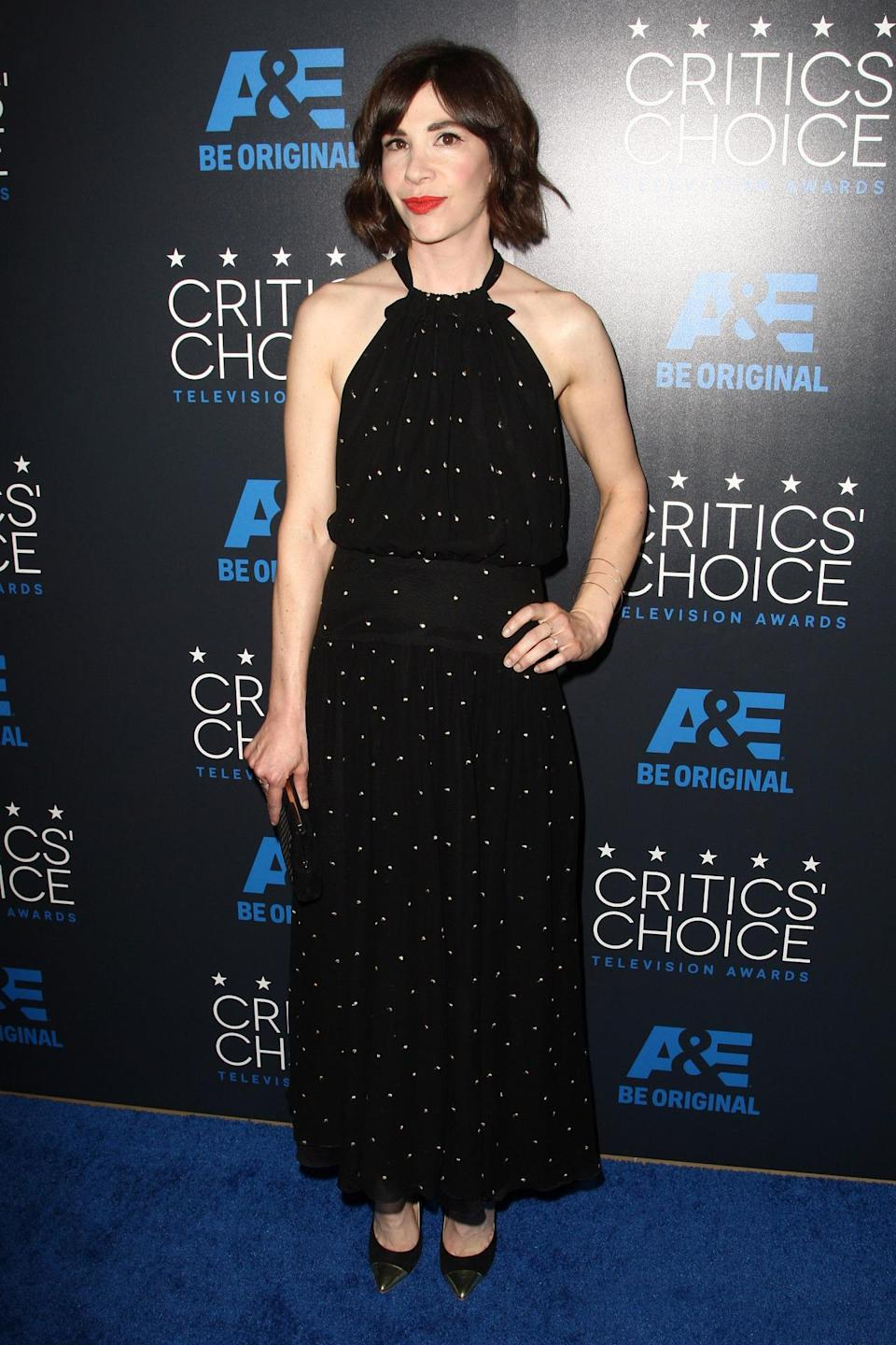 Carrie Brownstein's Philosophy dress is one of those pieces that can go from day to night with accessorizing. After this red carpet, the actress can wear it again!