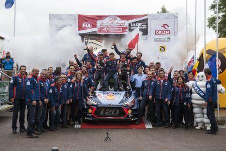 Thierry Neuville (BEL), Nicolas Gilsoul (BEL) and Hyundai Team celebrate the podium during the FIA World Rally Championship 2017 in Mikolajki, Poland on July 2, 2017 // Jaanus Ree/Red Bull Content Pool