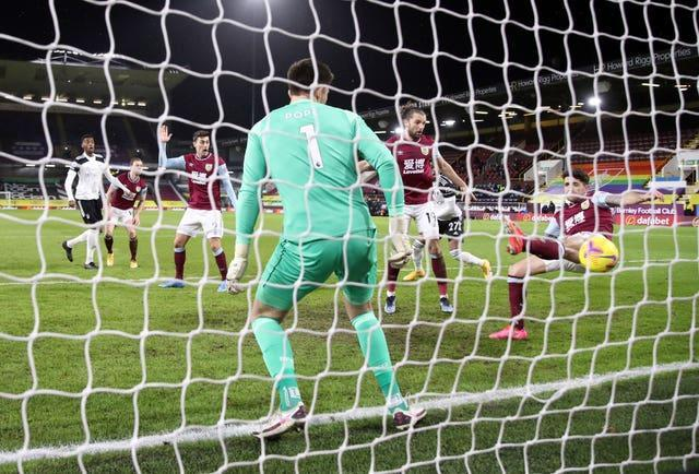 Fulham claimed the lead at Turf Moor