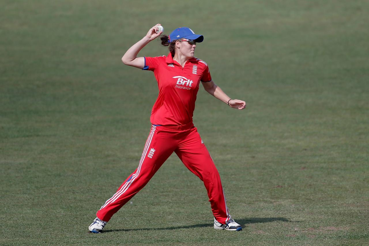 HOVE, ENGLAND - AUGUST 25: Natalie Sciver of England fields the ball during the third NatWest One Day International match between England and Australia at the BrightonandHoveJobs.com County Ground on August 25, 2013 in Hove, England.  (Photo by Harry Engels/Getty Images)