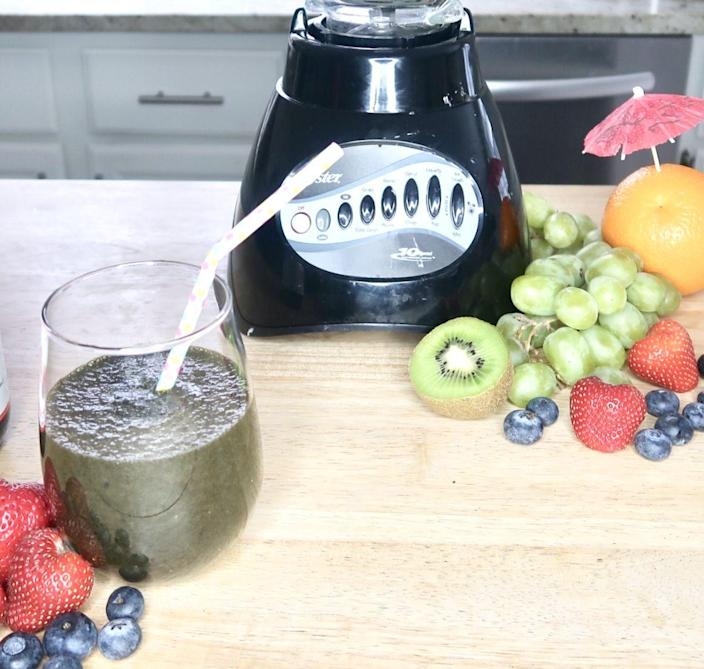 "<p>""Adding an extra boost of greens into your smoothie is a great way to pack in antioxidants,"" Palinski-Wade says. ""Chronic inflammation in the body can increase stress hormones, [which are] the same hormones that store fat versus burn it. By increasing your intake of antioxidants, you can help to cool off inflammation and help your body burn fat more effectively.""<br></p><p><em>Get the recipe at <a href=""https://portfish.org/chlorophyll-and-healing-green-smoothie-recipe/"" rel=""nofollow noopener"" target=""_blank"" data-ylk=""slk:Portfish."" class=""link rapid-noclick-resp"">Portfish.</a></em></p>"